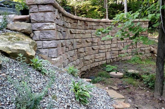 North Coast Redi-Rock Ledgestone Wall