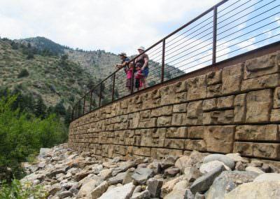 Ledgestone Retaining Wall_2