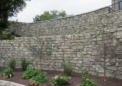 Ledgestone with Caps- Garden Retaining Wall