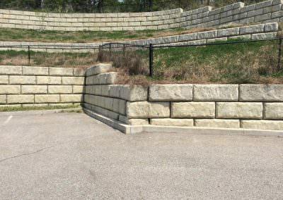 Limestone Retaining Wall - Brecksville