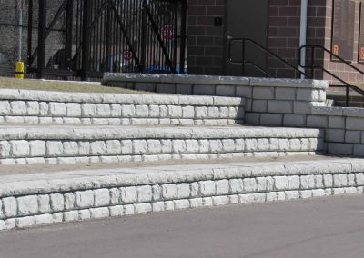 Seating Wall-Cobblestone-Face